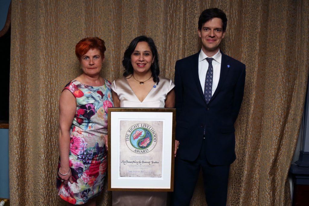 Cecilia Magnusson, riksdagsledamot, Mozn Hassan samt Ole von Uexkull, chef Right Livelihood-stiftelsen