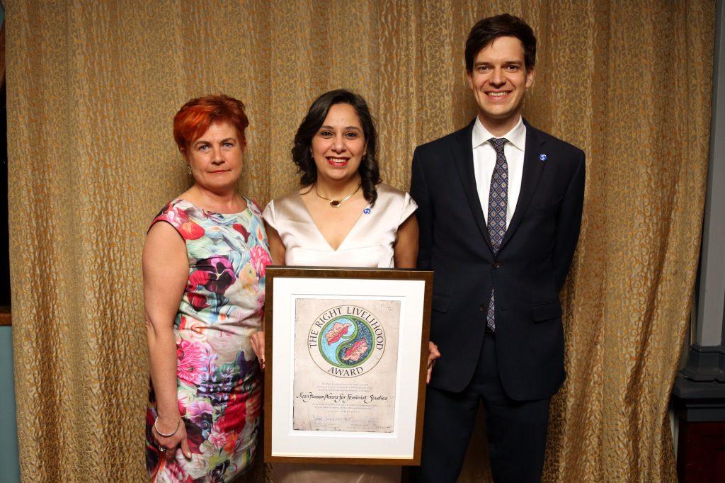Cecilia Magnusson, riksdagsledamot, Mozn Hassan samt Ole von Uexkull, chef Right Livelihood-stiftelsen1